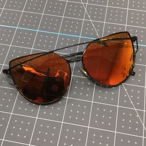 NWT!* Twin Beams Style Sunglasses w/ Red Lenses